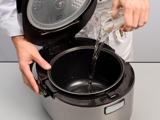 Сколько воды наливать