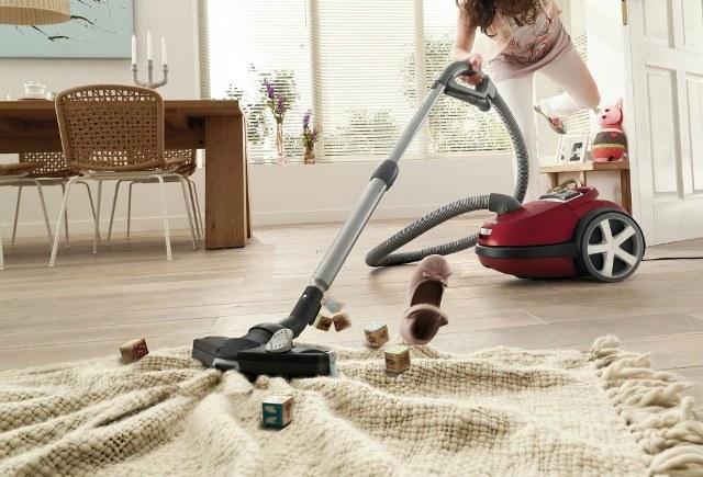 Какая должна быть мощность всасывания пылесоса для дома в цифрах