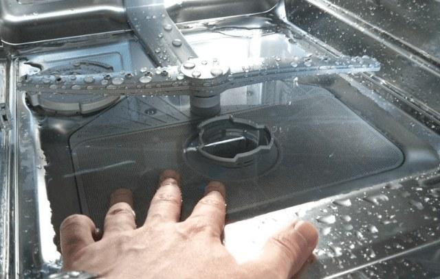 Серьезные неисправности посудомоечной машины