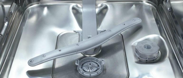 Почему посудомоечная машина не сливает воду
