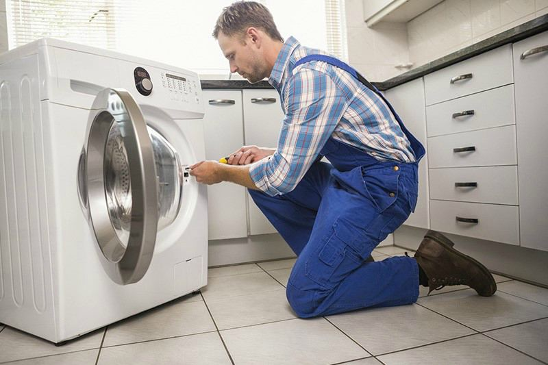 Вызов мастера при поломке стиральной машине