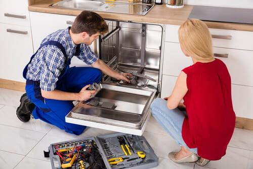 Очистка деталей посудомоечной машины