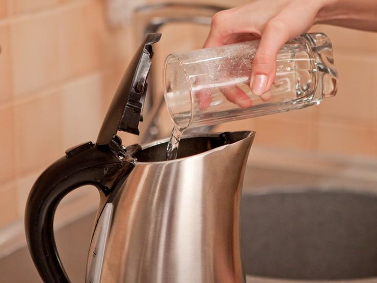 Очистка налета кипячением и моющими средствами
