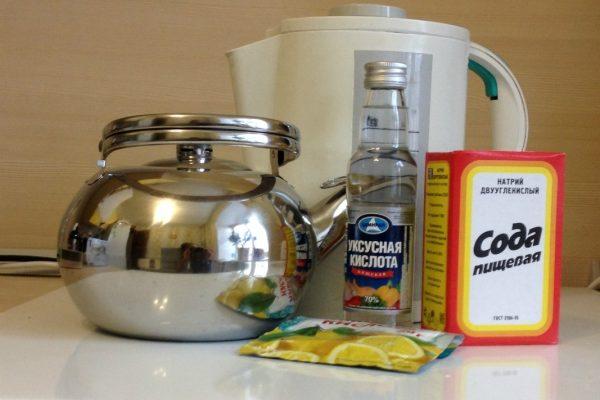 как почистить чайник содой