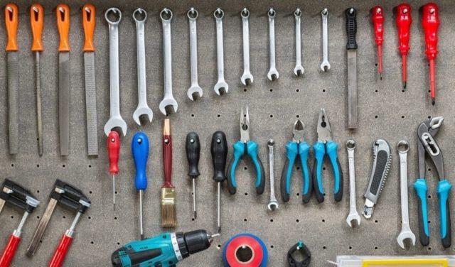 Необходимые инструменты для разбора водонагревателя Термекс