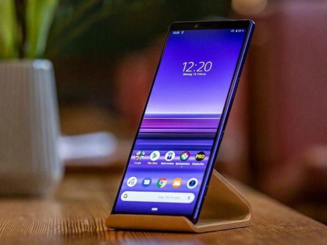 Sony Xperia 1 – лучший смартфон для просмотра фильмов. Работает на Snapdragon 855