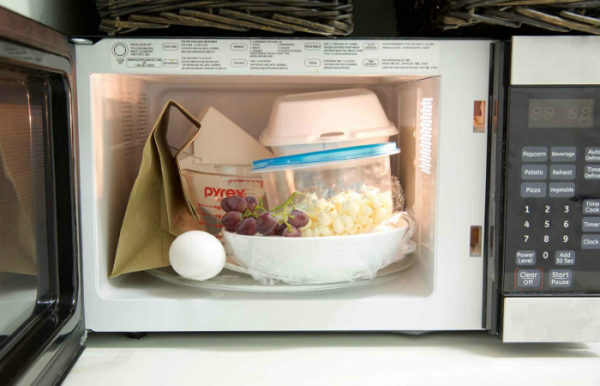 Посуда, которую нельзя ставить в микроволновку