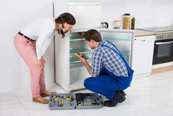 Сколько должен проработать холодильник при первом включении