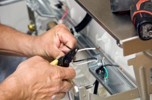 Коды ошибок посудомоечных машин Аристон и их расшифровка