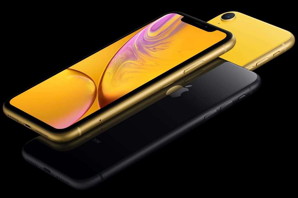 После обновления iOS самым быстрым стал iPhone XR 2018 года. iPhone 12 остался далеко позади