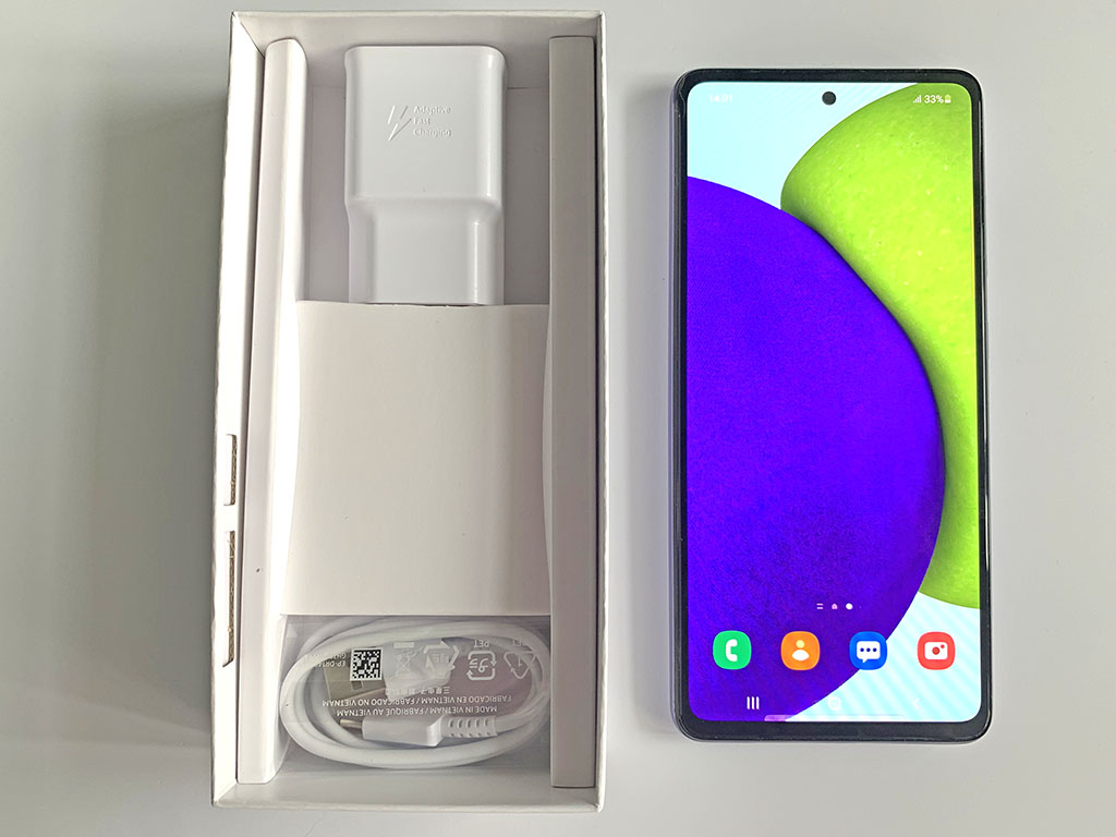 А надо ли переплачивать? Samsung и Xiaomi с разницей в цене в 10 тысяч и с похожими возможностями