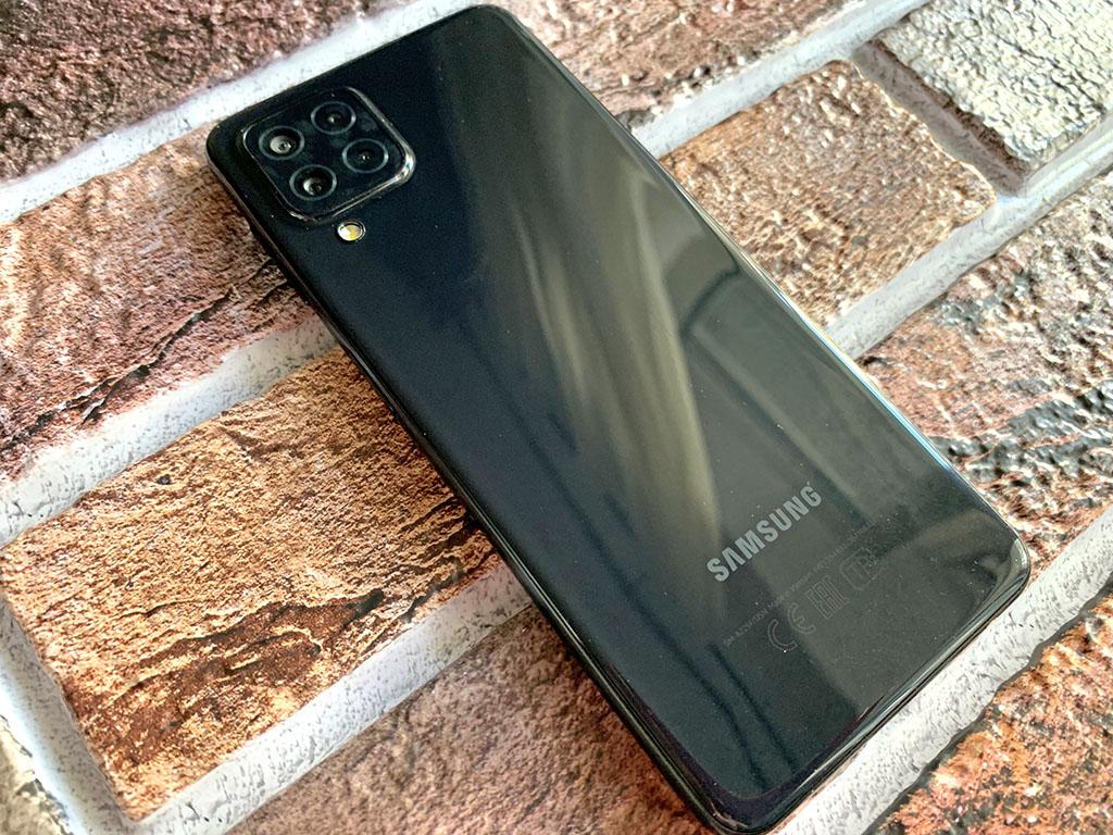 Samsung удивил, сбросив цену на июньскую новинку Galaxy A22: шикарный Super AMOLED, 90 Гц, 48 МП и оптическая стабилизация