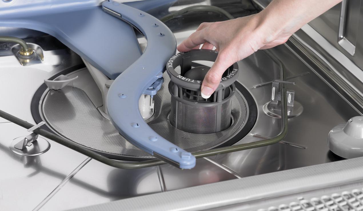 В посудомойке стоит вода